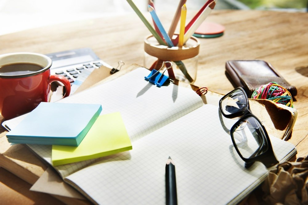 things to buy for office desk